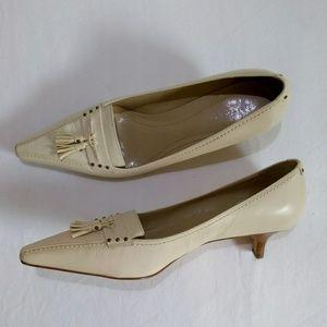 Ann Taylor Point Toe Loafer Kitten Heel Off White